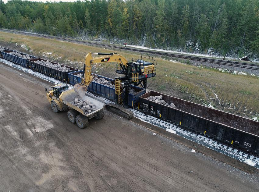 Receiving riprap from West Pine Quarry at Septimus Siding (September 2018)