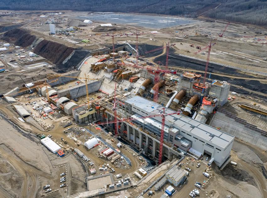 An overview of the Site C right bank structures, including the spillways, stilling basins, intakes, penstocks and the powerhouse. (April 2021)