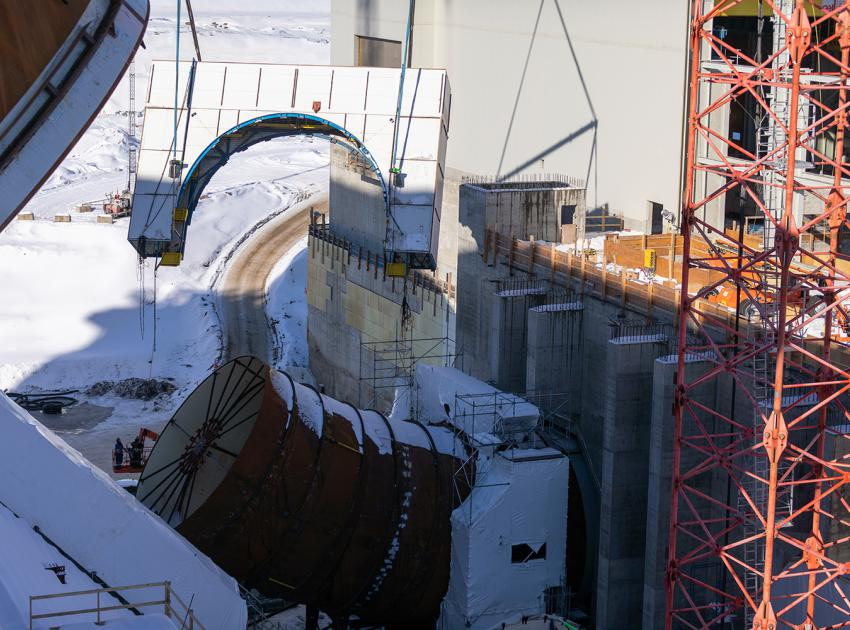 Welding enclosure lifted away from the lower portion of the penstock for Unit 1. (February 2020)