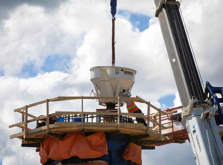 Each of the six Cache Creek bridge piers consists of a 10-metre in diameter pile cap at the base, a 5-metre in diameter hollow column, and a 2.8-metre in diameter solid section with a pier cap on top to support the bridge superstructure. (June 2021)