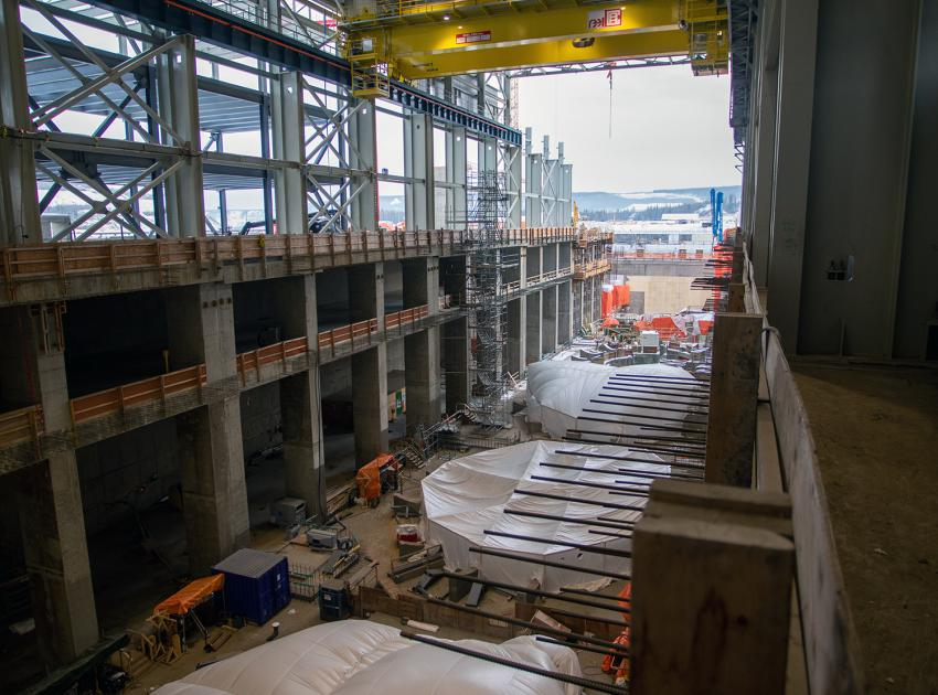 Concrete placements are under way on the powerhouse intake structures for Unit 1and Unit 3 (November 2020)