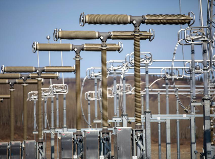 The 500 kV circuit breaker poles at the substation are assembled and ready for testing and commissioning. (April 2020)