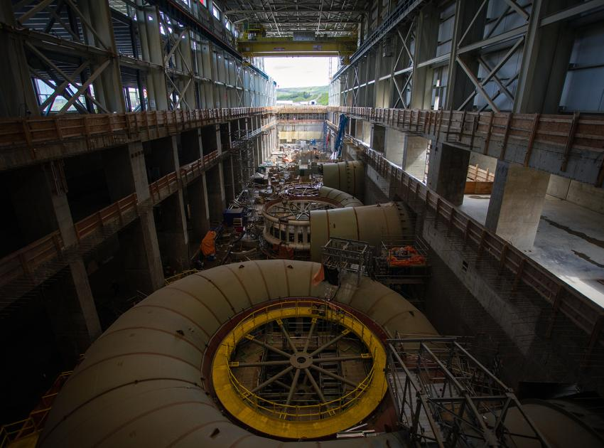 Powerhouse component installation is underway for Units 1, 2, and 3. (May 2021)