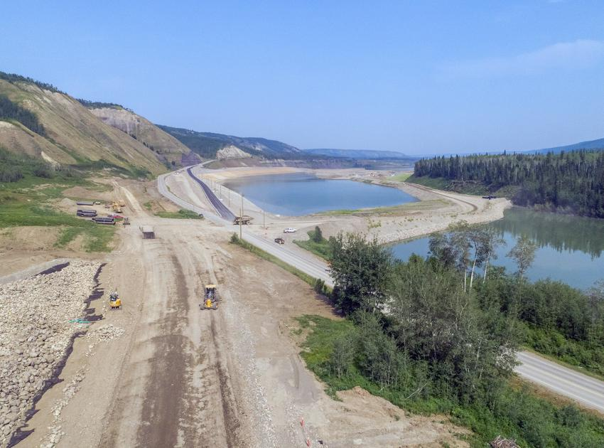 The Dry Creek alignment on Highway 29 shows work at the east abutment and the formwork installation for a bridge pier cap. (July 2021)