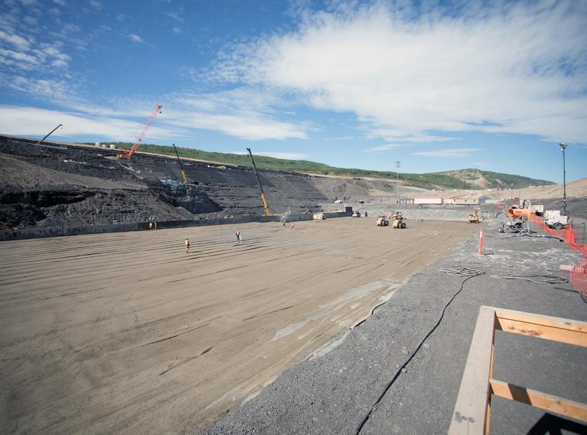 South bank stilling basin construction. (August 2017)