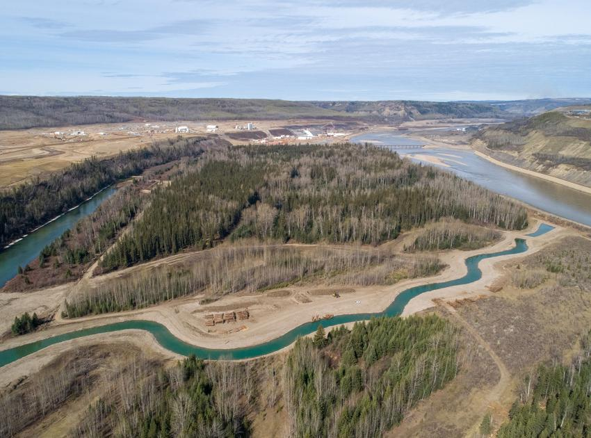 Newly built side channels on the Peace River provide fish habitat. (June 2019)