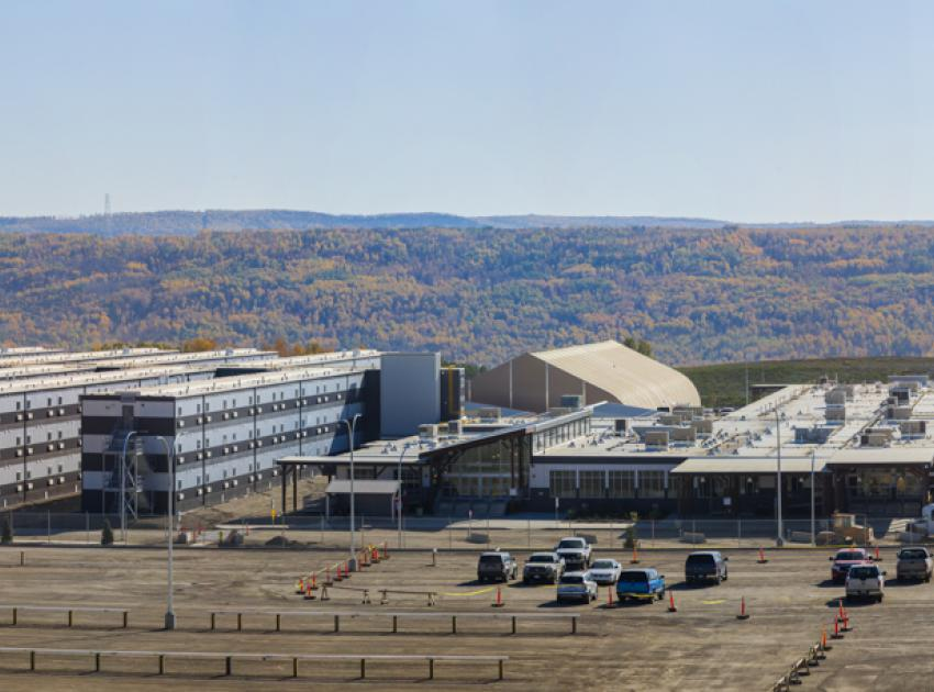 Panoramic view of the lodge. (September 2016)